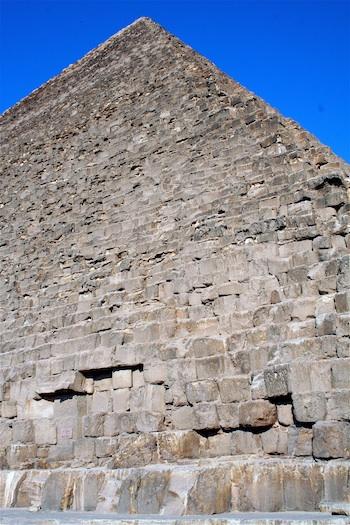 Detail of core blocks of Khufu's pyramid (Photo: Dr. Amy Calvert)